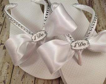 I Do Bridal Flip Flops, Custom Flip Flops, Dancing Shoes, Bride Flip Flops, White Bridal Sandals, Beach Wedding Shoes, Bridal Shoes