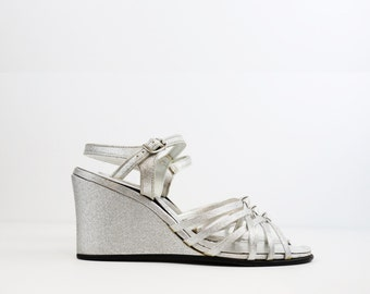 SALE/// Vintage Glam Style Silver Metallic Strappy Party Wedges size 7