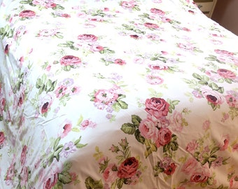 Duvet Cover ..  King  size white w Roses 50%Polyester 50pct cotton Custom Comfort 100 x 84""