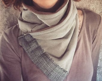 Cozy scarf with fleece lining for any gender
