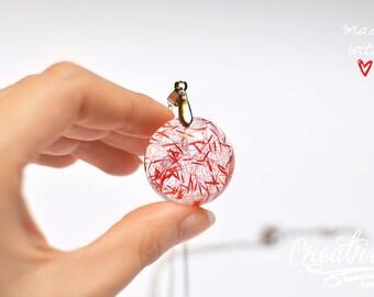 Red Flower Necklace, Dried Flower Epoxy, Resin Jewelry, Flower Seeds, Epoxy Domes, Eco Friendly Jewelry, Biology Jewelry, Flower Girl Gift
