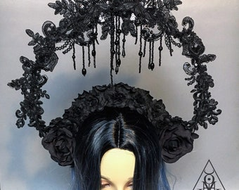 Black tears headpiece - Black wreath with roses and beads - Gothic headpiece - black headpiece - headpiece