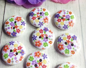 8 round wooden floral buttons