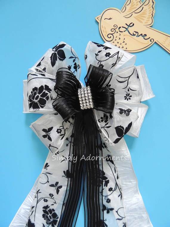 Black White Flower Wedding Bow Black white pew bow Black white Wreath Bow Black White Wedding Chair Bow Black White Party Ceremony Chair Bow