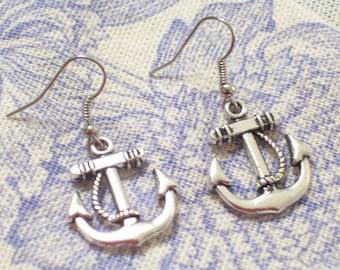 Antiqued Silver Twist Rope Ship Anchor Pierced Dangle Earrings, Nautical Earrings, Nautical Jewelry, Silver Anchor Earrings, Beach Wedding