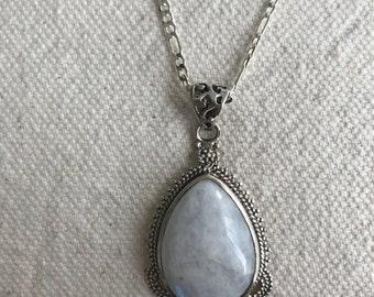 Sterling silver moonstone pendant p