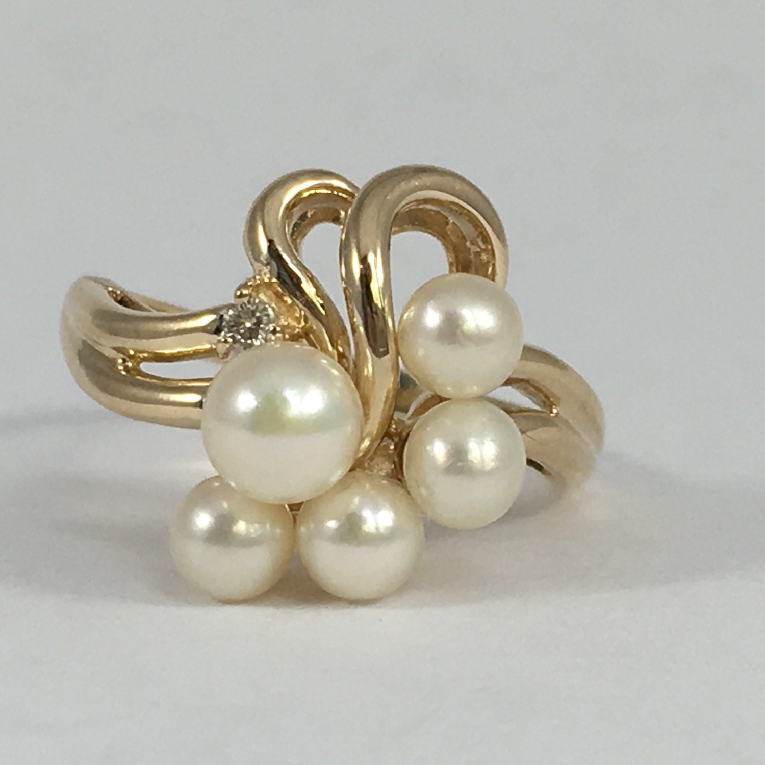 Vintage Pearl and Diamond Ring 4 Pearls in Grape Bushel Design 14k