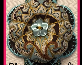 Flower Wrist Pin Cushion - Ornate Paisley Teal