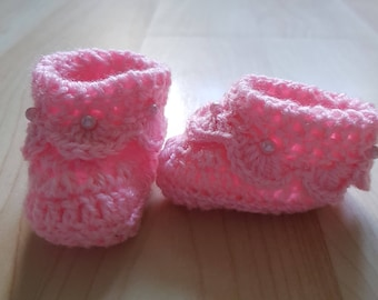0-3months pink baby boots with oink beads