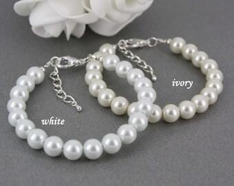 Pearl Bracelet Simple Bracelet  for Bridesmaid Bracelet Gift for Her White Bracelet Ivory Bracelet Maid of Honor Flower Girl