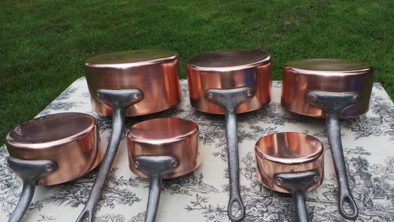 Vintage French 6 Copper Pans 1.3-1.5mm Six Graduated  Copper Pans Exceptional Pans Restaurant Quality Hammered Rivets Normandy Kitchen 5665