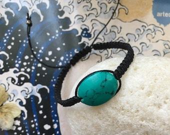 macramé braided bracelet with turquoise stone