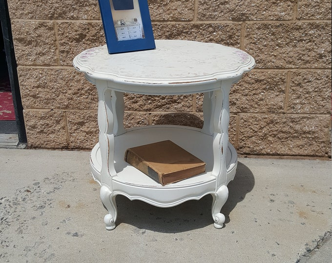 PICK UP ONLY, Vintage shabby chic round table, handpainted finish, farmhouse, distressed, country, cottage, accent table,  living room
