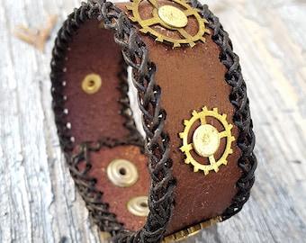 Steampunk Gears Leather Cuff Bracelet -Watch parts Vintage Bracelets-Wristband cuffs- Amazing Girlfriend Ladies Punk Gothic gift