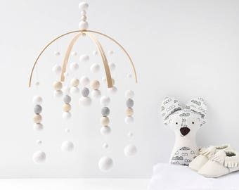 White Nursery Mobile. White Baby Mobile. Baby Crib Mobile. Nursery Cot Mobile. Gender Neutral Felt Ball Mobile White and Grey Ceiling mobile