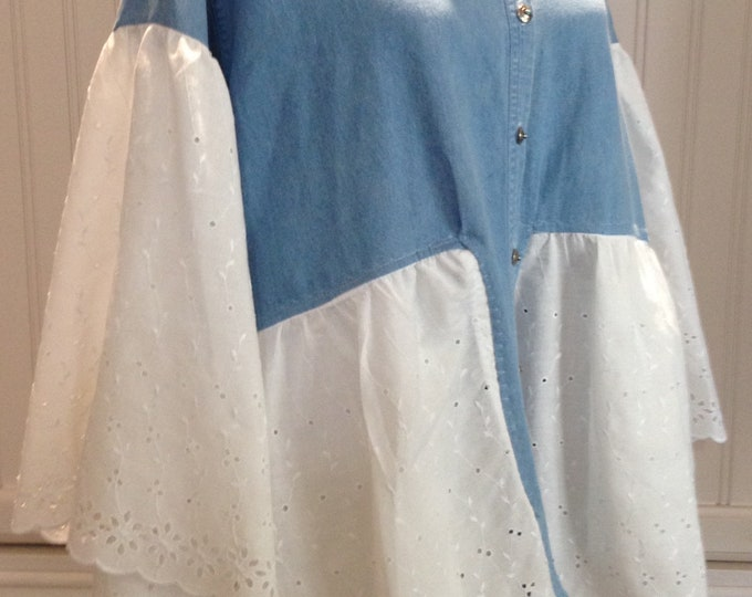 Women upcycled light blue denim long sleeve jacket white eyelet lace Blue embroidered vintage hankie pockets upcycle eyelet trimmed sleeves