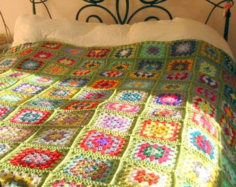 GRANNY SQUARES Crochet Afghan BLANKET Apple Green