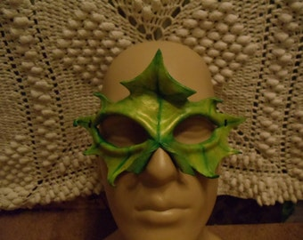Early Autumn Yellow-Green Leather Leaf Mask