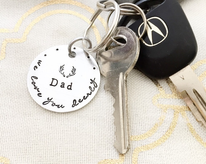 Dad: we love you deerly, antlers keychain, custom hand stamped keychain