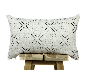 African Mudcloth Pillow | Cream and Black | 'Lulu'