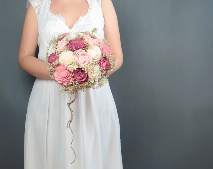 Sola flowers blush pink bridal wedding bouquet natural gypsophila baby's breath preserved stabilized flowers roses simple rustic