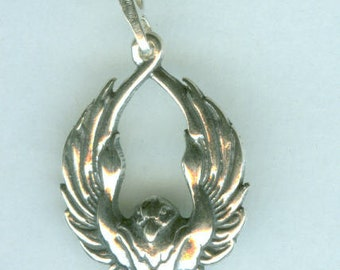 Sterling SOARING RAVEN Pendant AND 20 Inch Chain  - Totem
