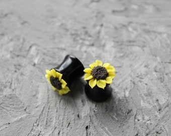 Sunflower ear gauges Sunflower ear plugs and tunnels gauges earrings Yellow flower ear plugs Floral ear gauge 4g 2g 0g 00g 20 mm 16 mm 18 mm