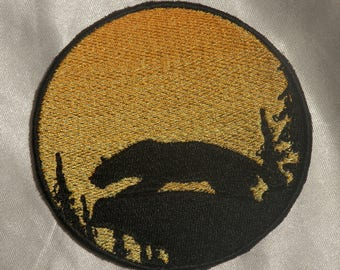Embroidered Mountain Lion Cougar Wild Cat Sunset Silhouette Ombre Circle Patch Iron On Sew On USA
