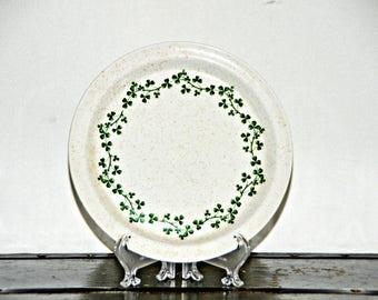 Brendan Erin Stone Wild Shamrock Salad Plate, 7 Inch, Made in Ireland, Arklow, Speckled, Ironstone, Off White, Wreath, 1970s, Irish, Kitsch