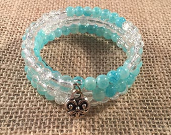 Aqua and Clear Crackle Glass Memory Wire Bracelet with Heart & Wing Charms
