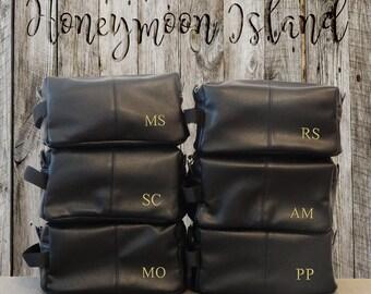 Groomsmen Gift - Set of 6 Black - Mens Toiletry Bag - Dopp Kit - Groomsmen Bag - Wash Bag - Gifts for Men - Shaving Kit - Shaving Brush