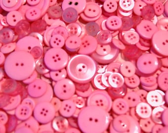 50 Pink Button Mix,   assorted sizes Grab Bag   Crafting  Jewelry  Collect (1364)