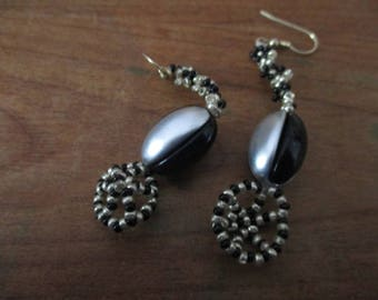 Original strip grey, black earings.