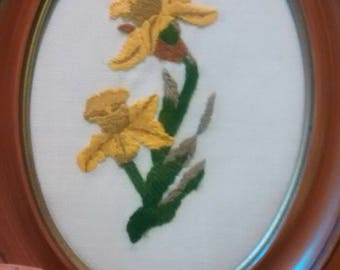 Daffodil embroidery vintage framed floral embroidery