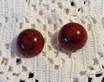 18mm Speckled Red Post Earrings