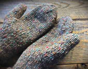 Brown wool mittens