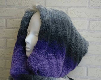 Knitted wool snood / scarf