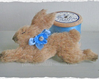 Bunny Rabbit Brooch/Running Rabbit/Hare Brooch/Woodland Animal/Easter Bunny/Animal Brooch