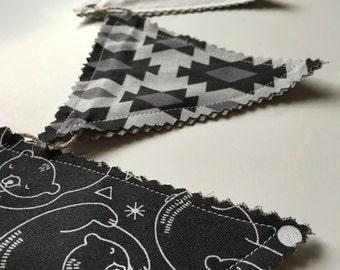 Black & White Bear Garland - Photo Prop, Room Decoration, bunting, monochromatic, banner, black and white decor, shower decor, nursery