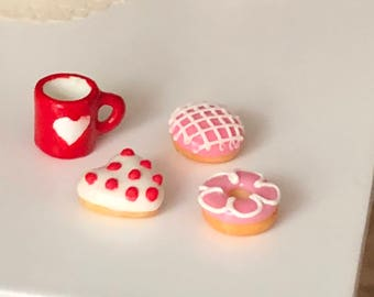 Miniature Donuts, Frosted Doughnuts, Set of 3, Style 1, Valentine Donuts, Dollhouse Miniatures, 1:12 Scale, Miniature Food