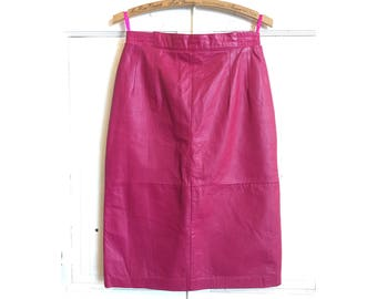 90s pink leather pencil skirt | size 8/10
