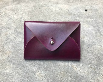 The flapjack leather wallet in hand dyed purple