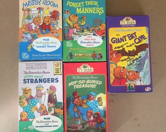 Lot Of 5 The Berenstain Bears and the Messy Room (VHS)