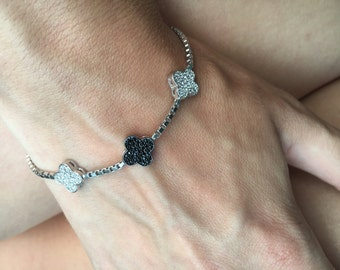 Clover Tennis Silver Bracelet with CZ Stones/ Holiday Sale/ Clover Bracelet/ Christmas Present/ Thanksgiving/ Gift for her/ Silver Bangle