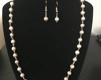 Wedding pearl necklace set