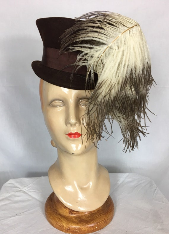 Vintage 1940s Brown Felt Riding Hat Style Topper w Ostrich Feather Accent by Del Marie Models