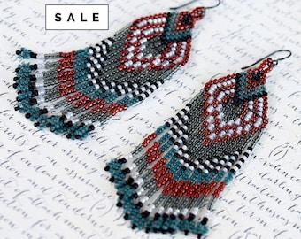 Seed Bead Earrings, Native American Beaded Earrings, Fringe Jewelry, Long Earrings, Beaded Jewelry, Statement Jewelry