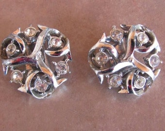 Rhinestones clip earrings