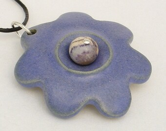 Plum purple blooming flower shaped pendant (JPP-N001-1)