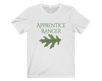Apprentice Ranger Shirt - Ranger's Apprentice - Unisex Short Sleeve Tee - Oak Leaf